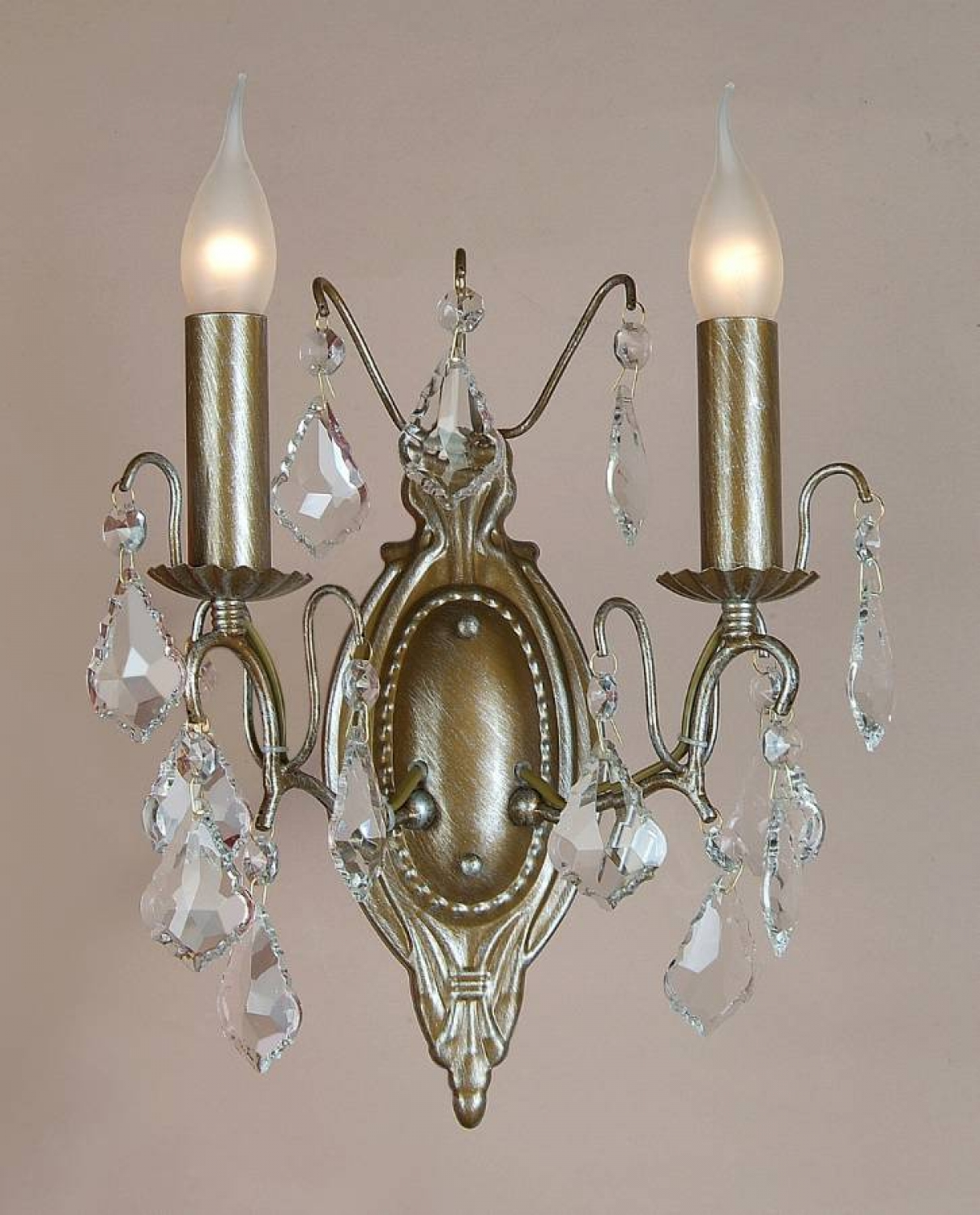 Double wall sconce in gold