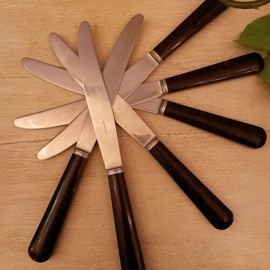 Set of 6 Bakerlite knives